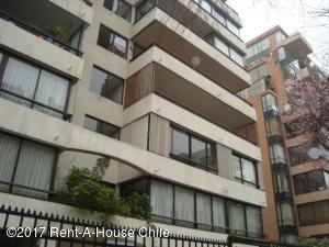 Departamento En Arriendo En Santiago, Las Condes, Chile, CL RAH: 17-101