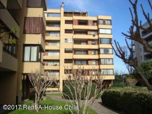 Departamento En Arriendo En Santiago, Las Condes, Chile, CL RAH: 17-107