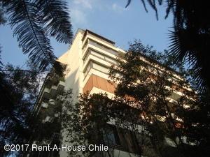 Departamento En Ventaen Santiago, Las Condes, Chile, CL RAH: 17-109