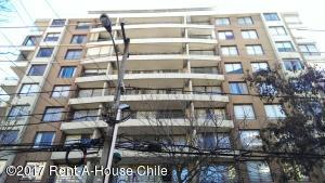 Departamento En Venta En Santiago, Providencia, Chile, CL RAH: 17-112