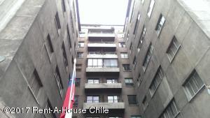 Departamento En Arriendo En Santiago, Providencia, Chile, CL RAH: 17-115