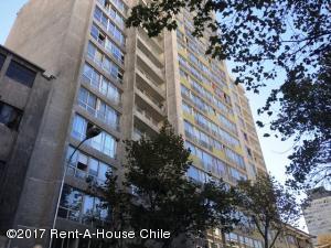 Departamento En Arriendo En Santiago, Santiago Centro, Chile, CL RAH: 17-122