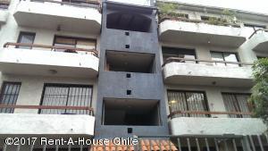 Departamento En Arriendoen Santiago, Providencia, Chile, CL RAH: 17-126