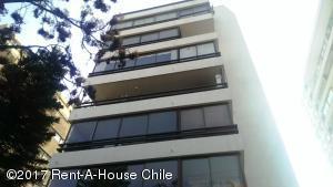 Departamento En Arriendoen Santiago, Las Condes, Chile, CL RAH: 17-156
