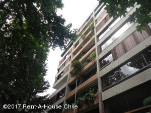 Departamento En Ventaen Santiago, Providencia, Chile, CL RAH: 17-161