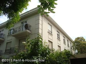 Departamento En Arriendoen Santiago, Providencia, Chile, CL RAH: 17-163