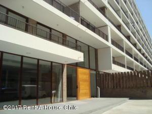Departamento En Arriendoen Santiago, Las Condes, Chile, CL RAH: 17-168