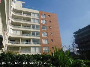 Departamento En Arriendoen Santiago, Las Condes, Chile, CL RAH: 17-170