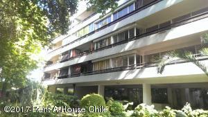 Departamento En Arriendoen Santiago, Providencia, Chile, CL RAH: 17-171