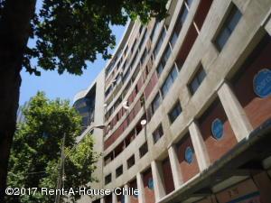 Departamento En Arriendoen Santiago, Providencia, Chile, CL RAH: 17-181