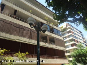 Departamento En Arriendoen Santiago, Providencia, Chile, CL RAH: 18-1