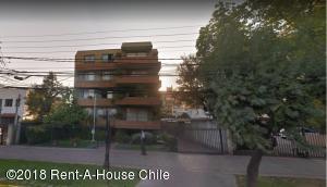 Departamento En Arriendoen Santiago, Providencia, Chile, CL RAH: 18-8