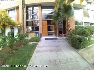 EN CHILE: Departamento En Venta En Macul Código FLEX: 18-94  No.1