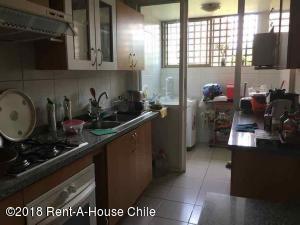 EN CHILE: Departamento En Venta En Huechuraba Código FLEX: 18-141  No.2
