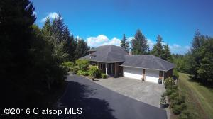 36762 Christians Ln, Astoria, OR 97103