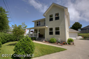 730 Russell Dr, Hammond, OR 97121