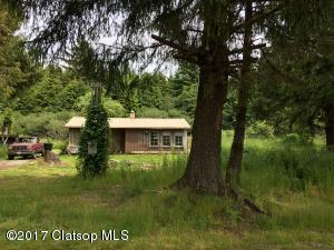 91483 Dolphin Rd, Warrenton, OR 97146