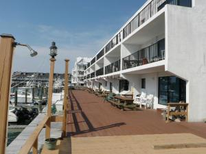 1223 Edgewater Ave 206, Ocean City, MD 21842