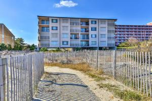 1 66th St 404, Ocean City, MD 21842