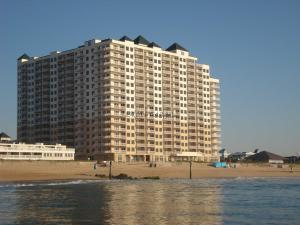 2 48th St 1606, Ocean City, MD 21842