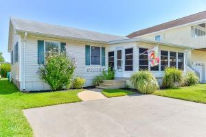 13906 Sea Captain Rd, Ocean City, MD 21842