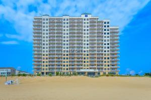 2 48th St 1706, Ocean City, MD 21842