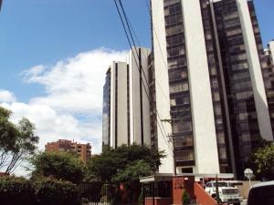 Apartamento En Arriendo En Bogota, La Carolina, Colombia, CO RAH: 12-180