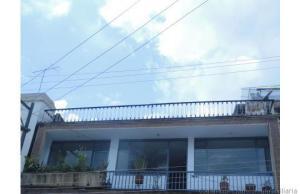Apartamento En Venta En Fusagasuga, Centro, Colombia, CO RAH: 14-27