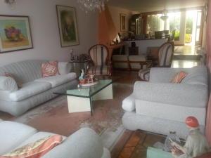 Casa En Venta En Bogota, Santa Bárbara, Colombia, CO RAH: 14-71