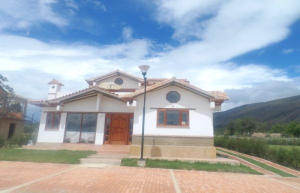 Casa En Venta En Villa De Leyva, Villa De Leyva, Colombia, CO RAH: 14-384
