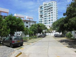 Apartamento En Venta En Santa Marta, Santa Marta, Colombia, CO RAH: 14-454