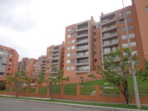 Apartamento En Venta En Bogota, Gilmar, Colombia, CO RAH: 13-142