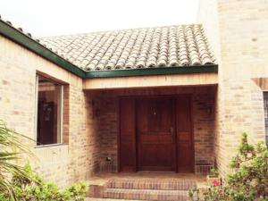 Casa En Venta En Chia, Vereda Fonqueta, Colombia, CO RAH: 15-143