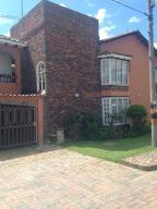 Apartamento En Venta En Chia, Chia, Colombia, CO RAH: 15-166