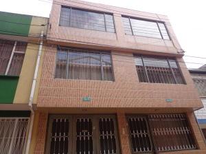 Casa En Venta En Bogota, Barrancas, Colombia, CO RAH: 15-197