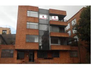 Apartamento En Venta En Bogota, Chico Navarra, Colombia, CO RAH: 15-216