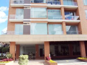 Apartamento En Venta En Bogota, Chico Navarra, Colombia, CO RAH: 15-251