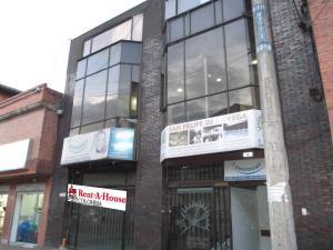 Edificio En Venta En Bogota, La Soledad, Colombia, CO RAH: 15-277