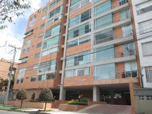 Apartamento En Venta En Bogota, Santa Bárbara, Colombia, CO RAH: 15-296