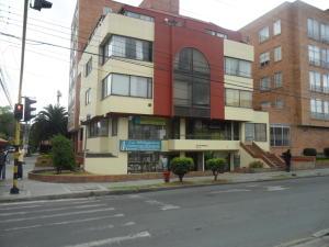 Apartamento En Venta En Bogota, Cedritos, Colombia, CO RAH: 15-310