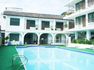 Edificio En Venta En Anapoima, Anapoima, Colombia, CO RAH: 16-69