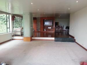 Apartamento En Venta En Bogota, Chico Alto, Colombia, CO RAH: 16-123