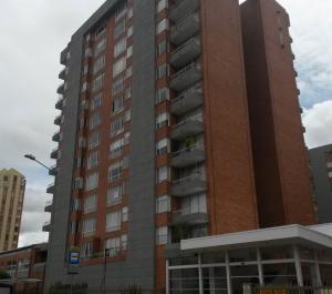 Apartamento En Venta En Bogota, Cedro Bolivar, Colombia, CO RAH: 16-157