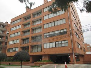 Apartamento En Arriendo En Bogota, Santa Bárbara, Colombia, CO RAH: 16-158