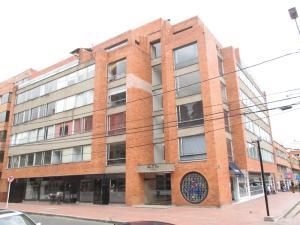 Oficina En Arriendo En Bogota, Chico, Colombia, CO RAH: 16-161