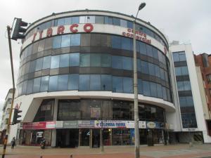 Local Comercial En Venta En Bogota, Santa Bárbara, Colombia, CO RAH: 16-175