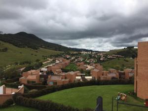 Casa En Venta En Chia, Encenillos De Sindamanoy, Colombia, CO RAH: 16-231