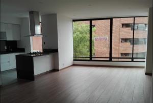 Apartamento En Arriendo En Bogota, Rosales, Colombia, CO RAH: 16-243