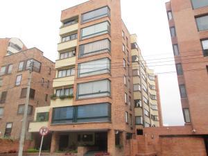 Apartamento En Venta En Bogota, La Cabrera, Colombia, CO RAH: 16-254