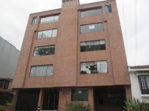 Apartamento En Arriendo En Bogota, Santa Paula, Colombia, CO RAH: 16-257